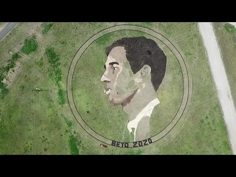 An artist and Beto O'Rourke fan took his support for the Texas Democratic presidential candidate to a new level in creating a piece of artwork of O'Rourke's face in an Austin, Texas field. (March 19)
