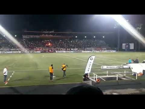 """""""CARABOBO FC VS Caracas partido de vuelta de los 4tos de final FUTVE 12-11-17"""" Barra: Granadictos • Club: Carabobo"""
