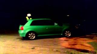 Wypadek w Dobieszynie, zderzyły się dwa Audi