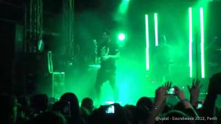 [HD] Angels and Airwaves - Surrender (Soundwave 2012, Perth)