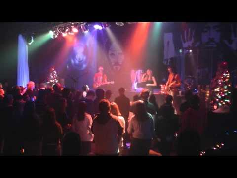 Madison singing/ King's Last Shot