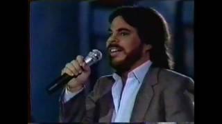 """Solid Gold (Season 2 / 1981) Joey Scarbury - """"Believe It Or Not"""""""