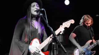 """18 Feet Under"" ~ Angela Perley & the Howlin' Moons"