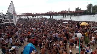preview picture of video 'Playa Publica en Gualeguaychu'