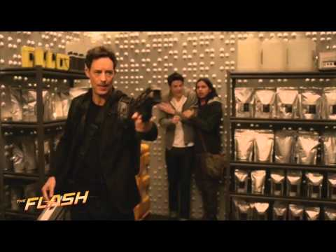 The Flash: 2x14 Zoom is in Earth-2 Star Labs