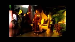 preview picture of video 'Drama de Navidad - El Cuarto Vacante'