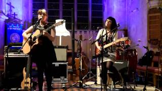 The Honeyfire - Dreams (live at Kingskerswell Parish Church)