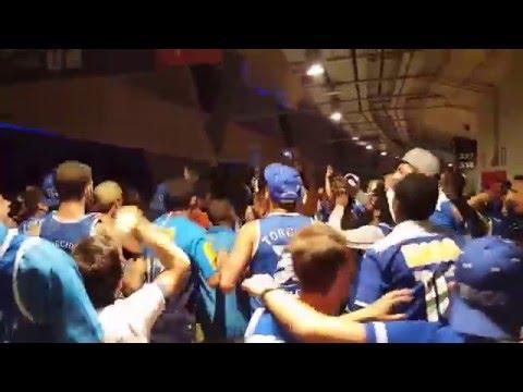 """""""Queremos a taça"""" Barra: Torcida Fanáti-Cruz • Club: Cruzeiro"""