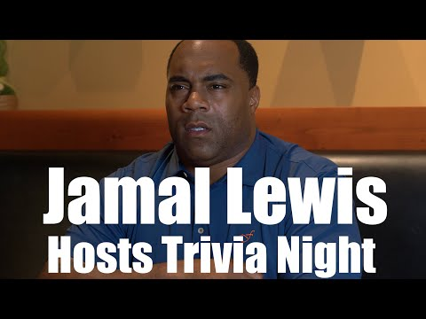 Jamal Lewis Hosts Trivia Night