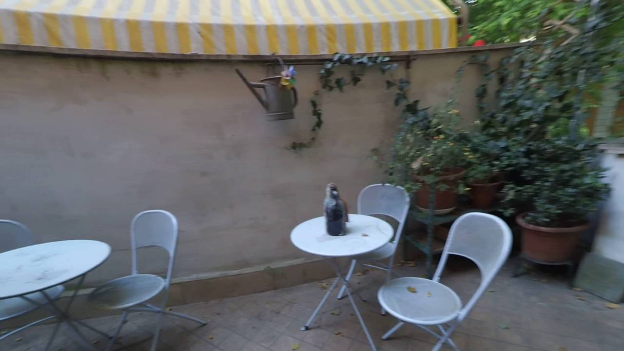 Single Bed in 3 bedrooms for rent in a bright apartment in Testaccio, Rome, with 2 large terraces