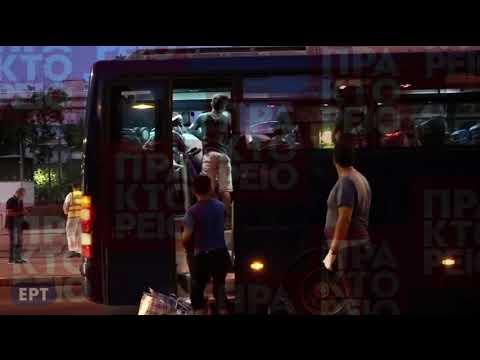 Επιχείρηση απομάκρυνσης προσφύγων και μεταναστών από την πλατεία Βικτωρίας