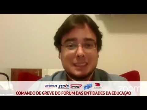 Pedro Tourinho, médio sanitarista, no Comando de Greve das Entidades da Educação