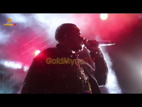 WANDE COAL's GOLD PERFORMANCE AT JOHNNIE JAZZ AND WHISKEY WITH ADEKUNLE GOLD, WANDE COAL AND LAGBAJA