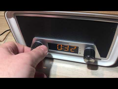 MEDION® LIFE® E66333 Retro Uhrenradio mit Bluetooth Funktion, AUX Eingang, 40 Watt