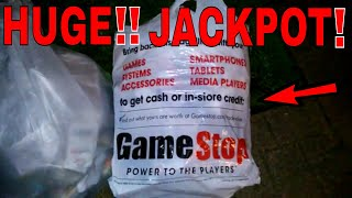 HUGE!!! DUMPSTER JACKPOT!! Gamestop Dumpster Dive Night #310