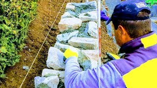 NATURAL STONE RETAINING WALL, DETAIL TIPS ADVICE HOW TO BUILDING TUTORIAL, ROCK MASONRY CONSTRUCTION