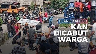 LBB Gelar Demo, Dua Plang Kantor KAN Dicabut Warga
