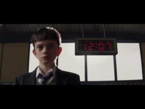 A Monster Calls (Clip 'Lunch Room')