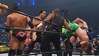Superstars square off in an Battle Royal for the right to face Undertaker: SmackDown, June 6, 2003