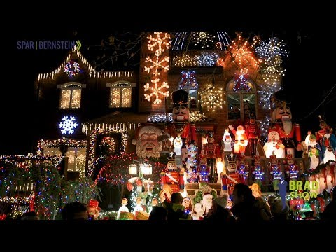 Celebrating the Holiday Season with the Dyker Heights Christmas Lights
