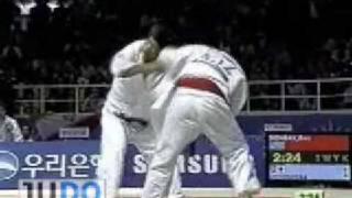 JUDO2002AsianGames:MasatoUchishiba内柴正人JPN-BazarbekDonbayKAZ