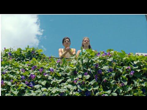 Margherita Mazzucco e Gaia Girace protagonizam 'A Amiga Genial'