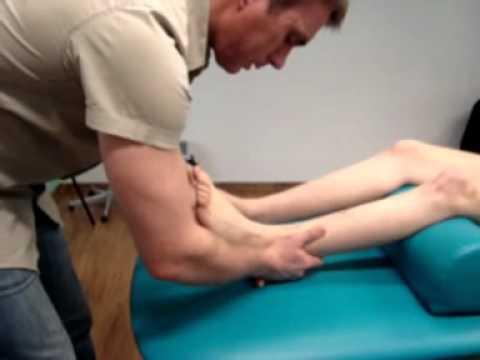 Koślawe kolana deformacji u dzieci masaż wideo