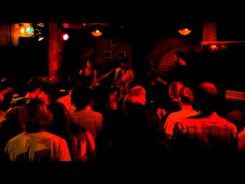 Tommy & the Tangerines Live at Conner O'Neill - Face