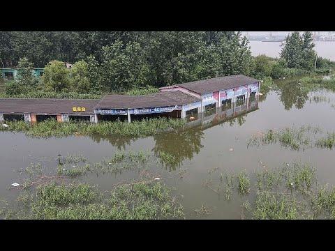 Κίνα: Ρεκόρ βροχοπτώσεων και μεγάλες καταστροφές