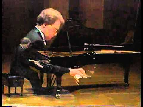Interesting and Beautiful Piano Piece for advanced piano ... - photo#28