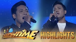 It's Showtime: Reggie Tortugo sings Ariel Rivera's songs