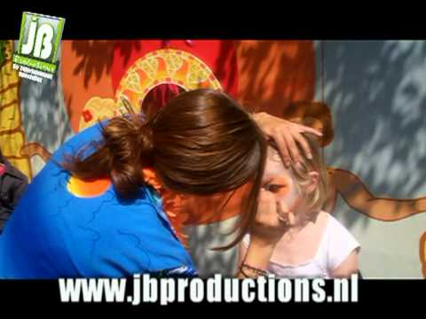 Tropische schminkstand onderdeel van Tropical Kids Party | JB Productions