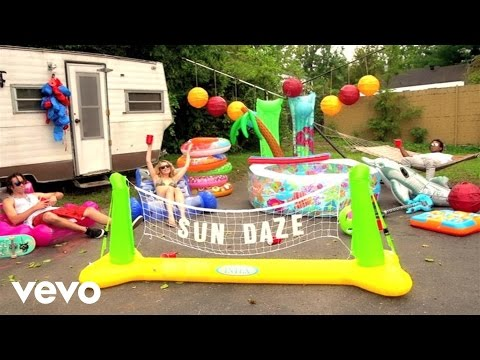 Sun Daze (Lyric Video)