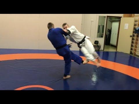 Дзюдо. Подсечки+комбинация. ОКУРИ АШИ БАРАЙ. Judo. Ashi waza. Ko uchi makikomi. Okuri Ashi Barai видео