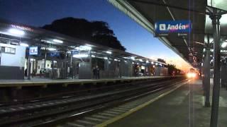 preview picture of video 'Tren vacío descendente por estación MARIANO J. HAEDO'
