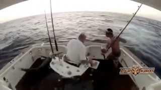 Смешные случаи на рыбалке- прикольная рыбалка!