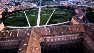 preview picture of video 'volo serale sulla reggia di caserta'