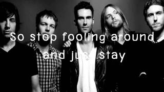 Is anybody out there - Maroon5 & Lyrics ♥
