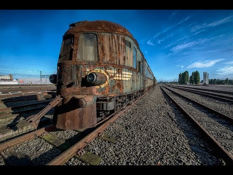 An Abandoned Orient Express Train Leaves Us In Awe As It Slowly Rots Away