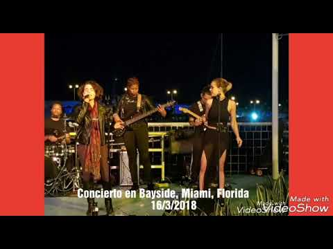 Concierto nocturno en Bayside, Miami