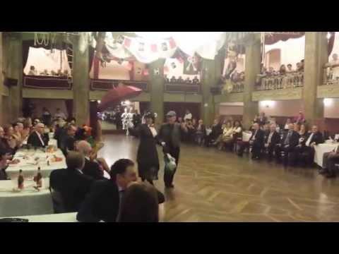 Carnaval 2015 | Baile de Disfraces (6. Mary Poppins y el Deshollinador)