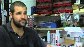 preview picture of video 'Un ingeniero amigo de zapateros'