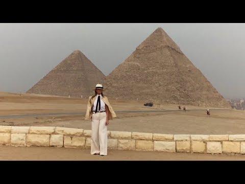 ميلانيا ترامب تزور أهرامات الجيزة برفقة وزيري الآثار والسياحة