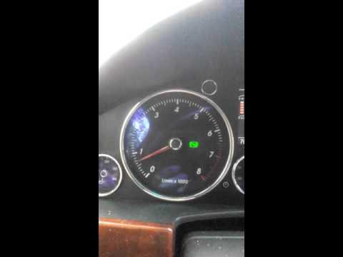 Der Motor 120 pS sitrojen das Benzin