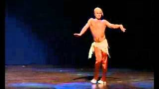 Вау!!!! Мужской восточный танец живота.flv