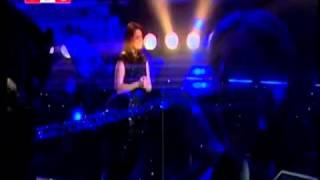 اسود ليل جوليا بطرس حفلة بلاتيا Julia Boutros at Platea - YouTube