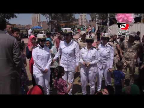 قوات الشرطة النسائية تتفقد أجواء احتفالات شم النسيم بحدائق المنصورة
