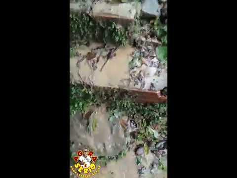 Enxurrada derruba barranco e invade Casa da Vila do Duvilio