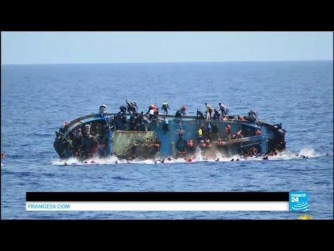 552 migrants sauvés après le naufrage de leur bateu