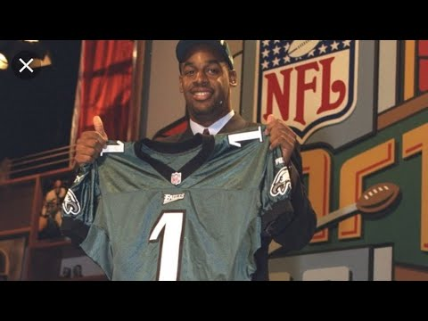 Philadelphia Eagles| Should we stay true to form at the Draft? Mcnabb smh.